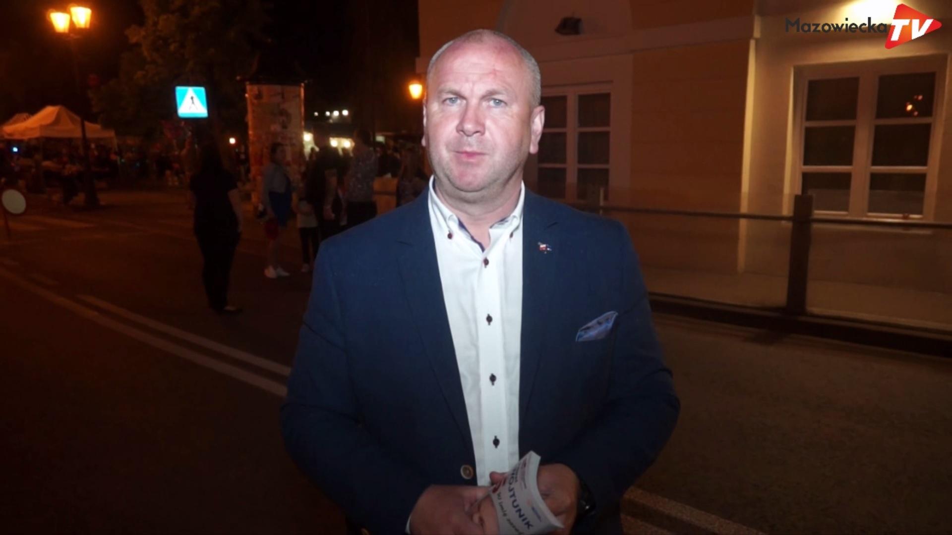 Paweł Wojtunik, kandydat do europarlamentu obecny na Święcie Kwitnących Jabłoni w Grójcu