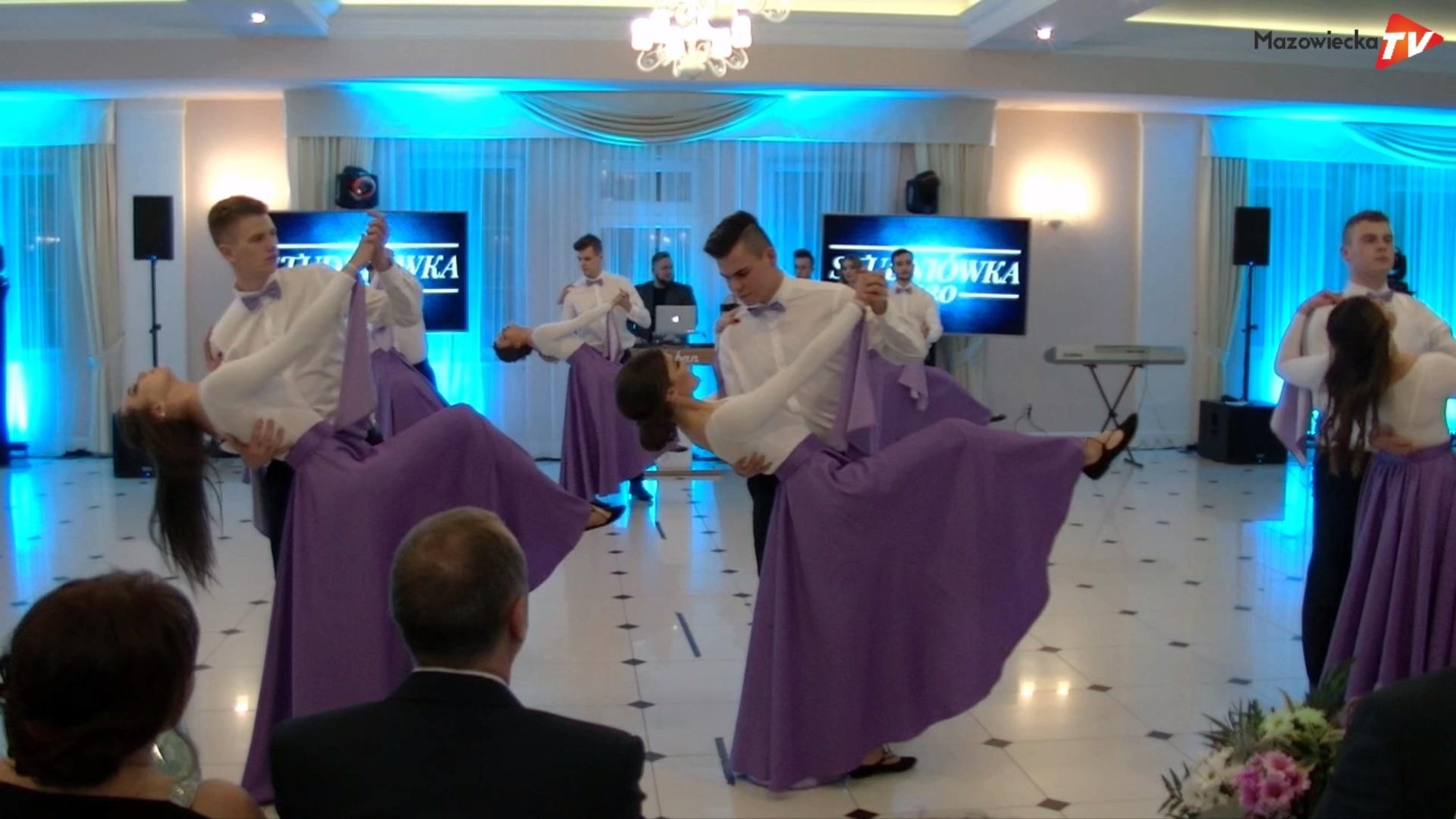 Maturzyści ZSO w Mogielnicy bawili się na Balu Studniówkowym