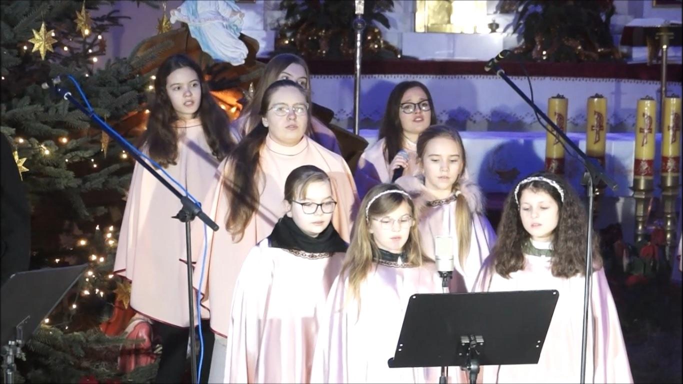 Charytatywny Koncert Kolęd w wykonaniu Scholi Cordis z Lipia oraz Scholi z Błędowa