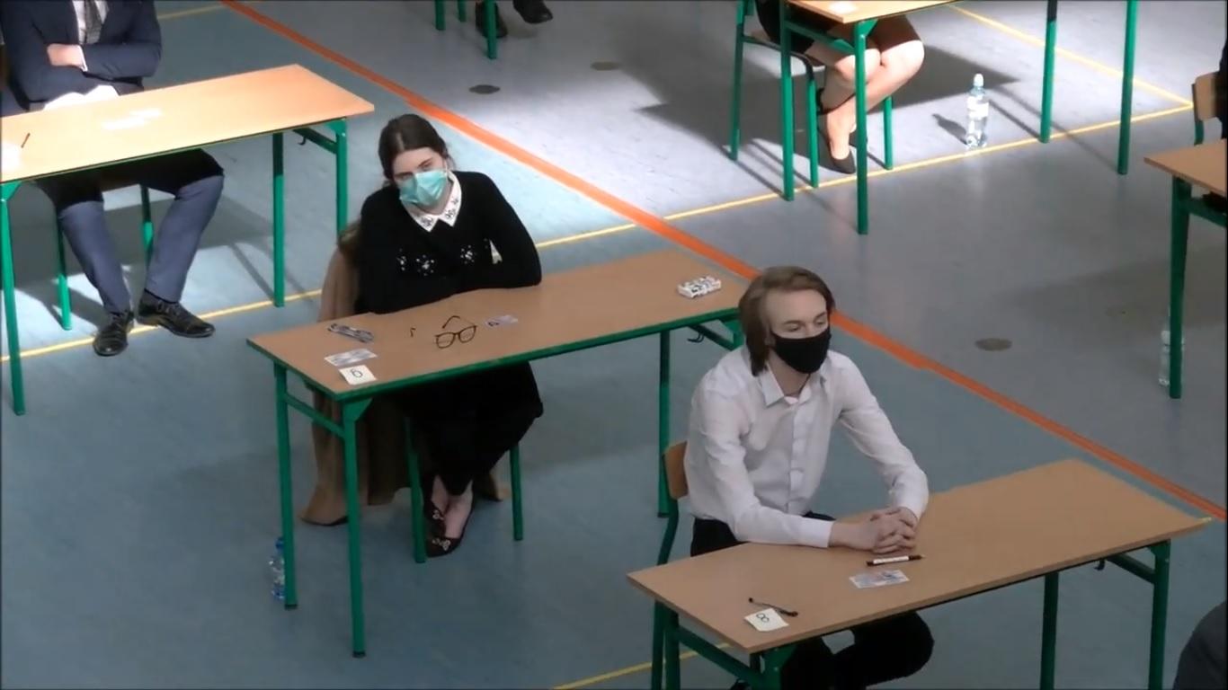 Rozpoczęły się egzaminy maturalne. Dziś język polski